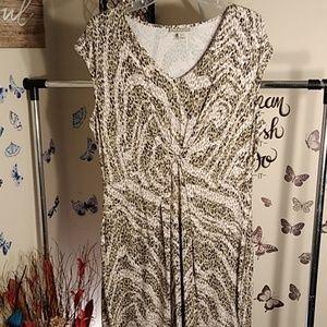 NWOT Women's Dana Buchman Dress